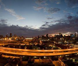 800px-Johannesburg_Sunrise,_City_of_Gold